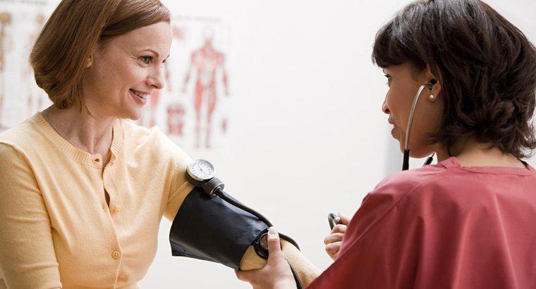 Come puoi controllare la pressione sanguigna a casa?